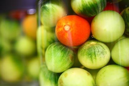 青トマトのピクルス